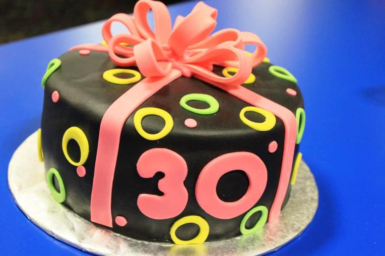 30th-Birthday-Cake-Ideas